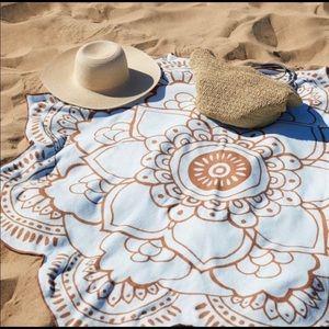 Vix Paula Hermanny Lotus Towel New